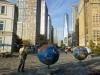 23 wereld bollen – creatief, vol kleur en verhaal op straat