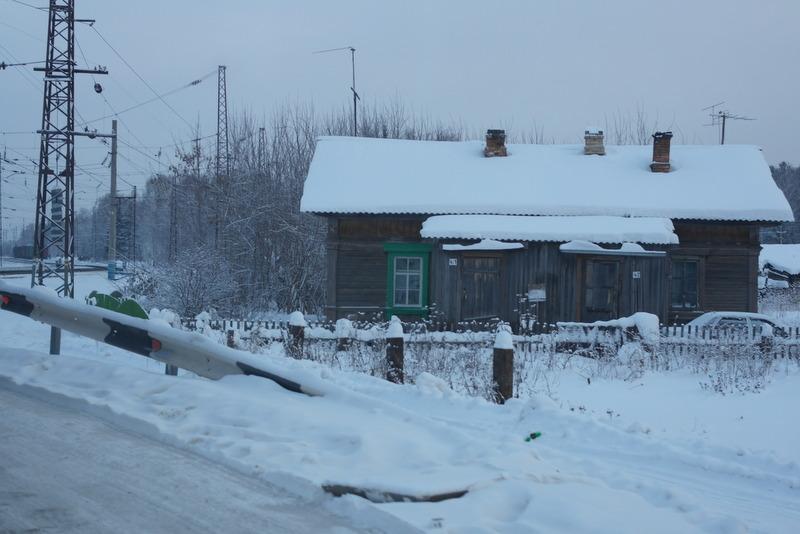 12-huisje-aan-spoorlijn