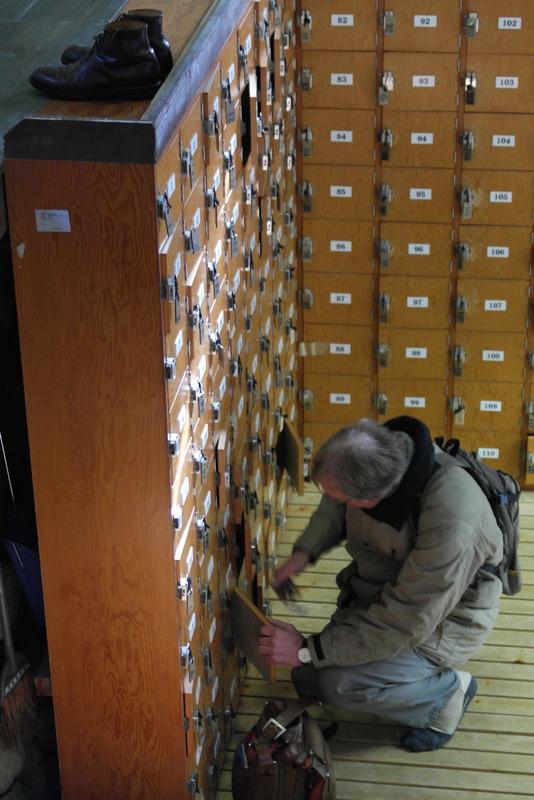 09-bij-binnenkomst-schoenen-uit-en-in-de-kluis-te-groot