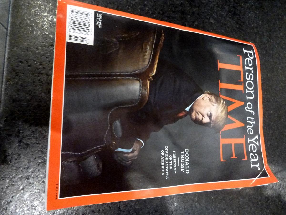 12 Uitgave Time, … de kleine lettertjes zeggen veel