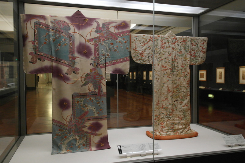 114-furisode-garment-with-long-hanging-sleeves-and-uchikake-outer-garment-edo-period-18th-19th-century