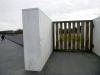 27 de gesloten poort, ... weg naar de gedenksteen open op speciale herdenkingsdagen