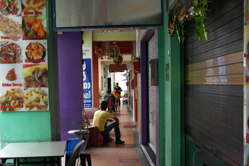 107-doorloopje-langs-winkeltjes-en-restaurantjes