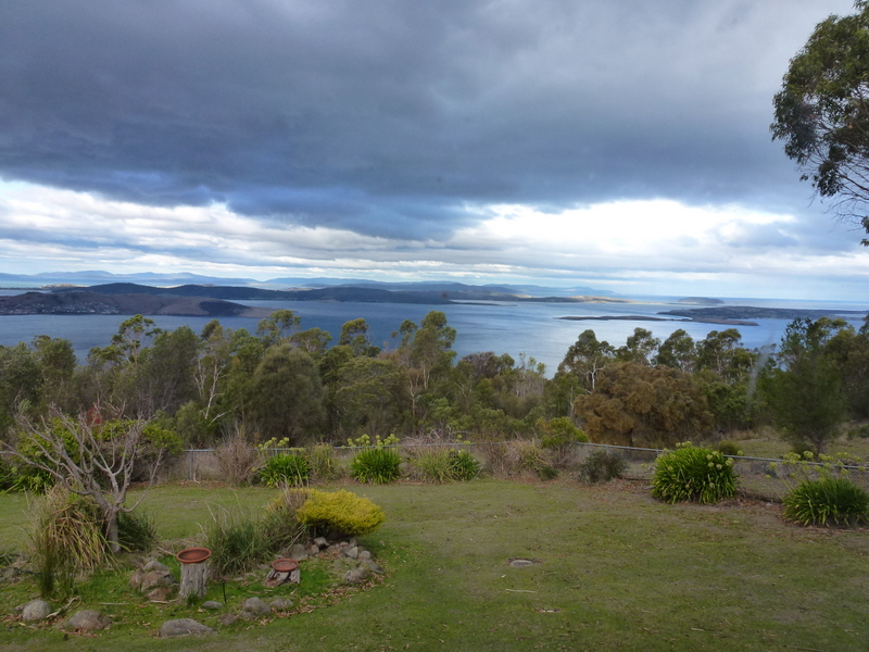 104-view-point-over-river-derwent-hobart