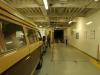 29-vw-bus-onder-in-het-schip