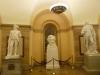 8 in deze centrale hal, het hart van Capitol Dome, een collectie van standbeelden van belangrijke staatshoofden van de Verenigde Staten