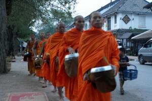 09 ... een eeuwen oude en levende Boeddhistische traditie,