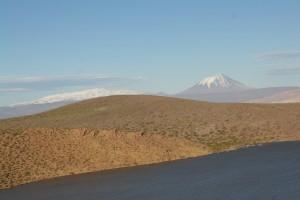 16 Vulkaan, onderweg langs de Andes op route 40