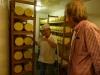 04 De kaas ligt te rijpen