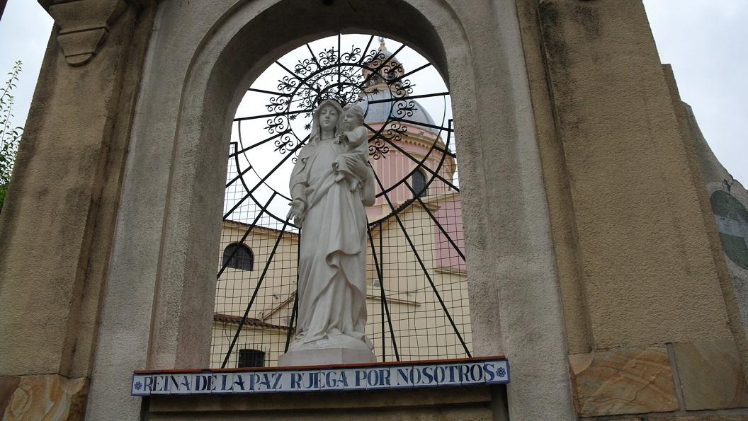 22 Reina de la paz ruega for nosotros, Koningin van de Vrede, bid voor ons