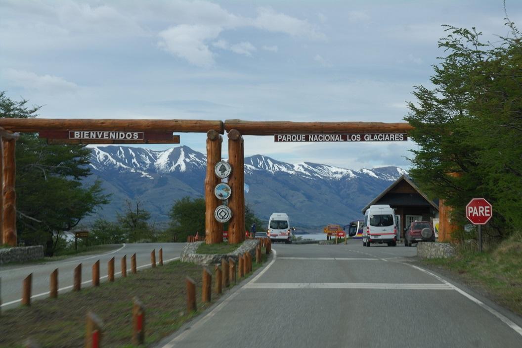 01 toegang tot Parque Nacional Los Glaciares  (ca 80 km ten westen van El Calafate)