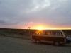 06 de zon zakt, op weg naar San Sebastian, grens met Argentinie