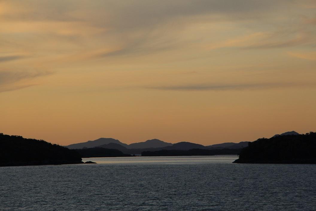 39 Afscheid van een prachtige tocht met de Ferry Eden door de Chileense fjorden, het zuidelijke gedeelte van Chili