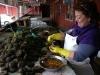 09 schoonmaken van zeevruchten