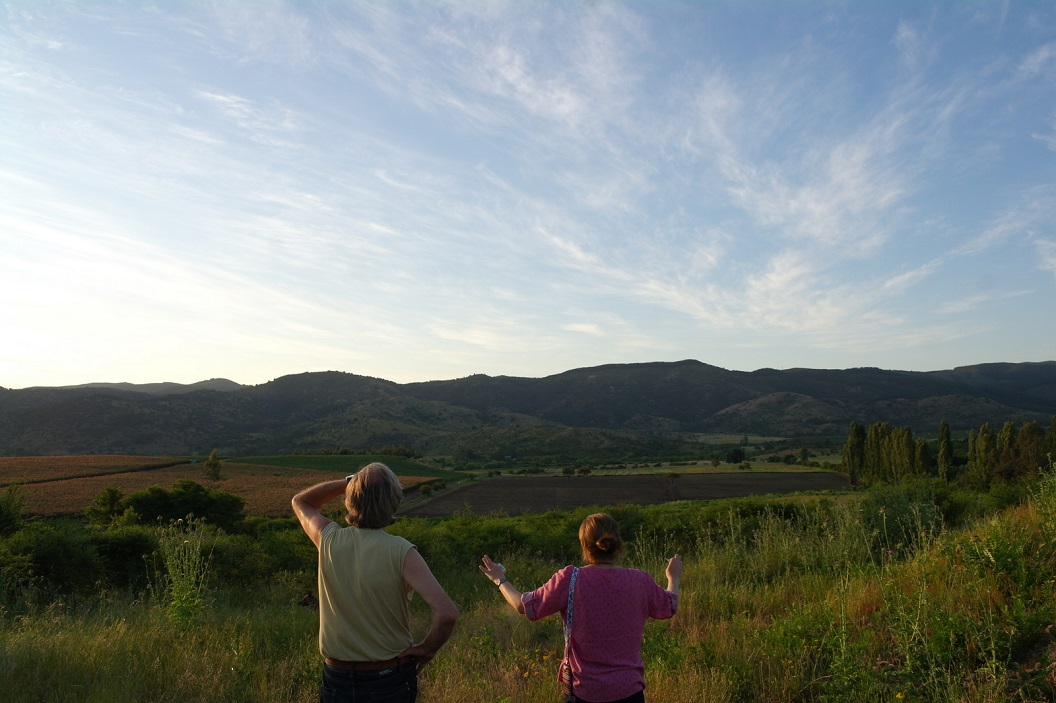 17 Fanny  enthousiaste vertelster, houdt van haar geboorte grond dat reikt tot aan de voet van de bergen - Dit is Chili! Als je dit hebt gezien heb je Chili gezien!