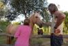 14 Fanny haar broer Patrick woont er nu, we begroeten zijn paarden