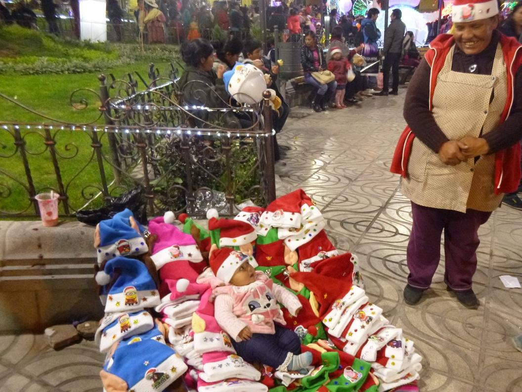 23 plezier en gezelligheid op de Plaza Central helemaal in het teken van de kerstsfeer