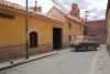 03 we kunnen en mogen parkeren en logeren in de garage van Hotel Tesera midden in de oude en culturele binnenstad van Potosi