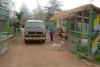 10 vanaf 07.00 uur in de ochtend gaat de toegangspoort van het Ecologisch Park weer open en worden uitgezwaaid door een medewerkster