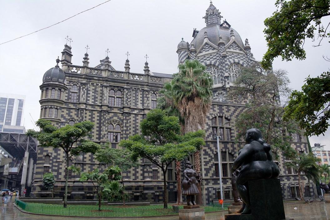 17 Palacio de la Cultura Rafael Uribe Uribe - in 1925 begonnen met de bouw - 1982 werd het paleis opgewaardeerd tot een Nationaal Monument - 1987 omgedoopt tot Rafael Uribe Uribe Paleis van Cultuur