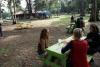 31 zicht op het park waar we o.a de maaltijden met elkaar gebruiken SAM_4841