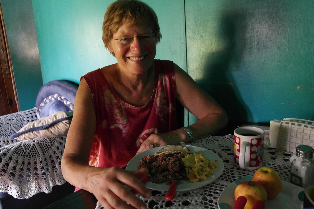 38 voor ons staat dagelijks een stevig ontbijt klaar SAM_5195