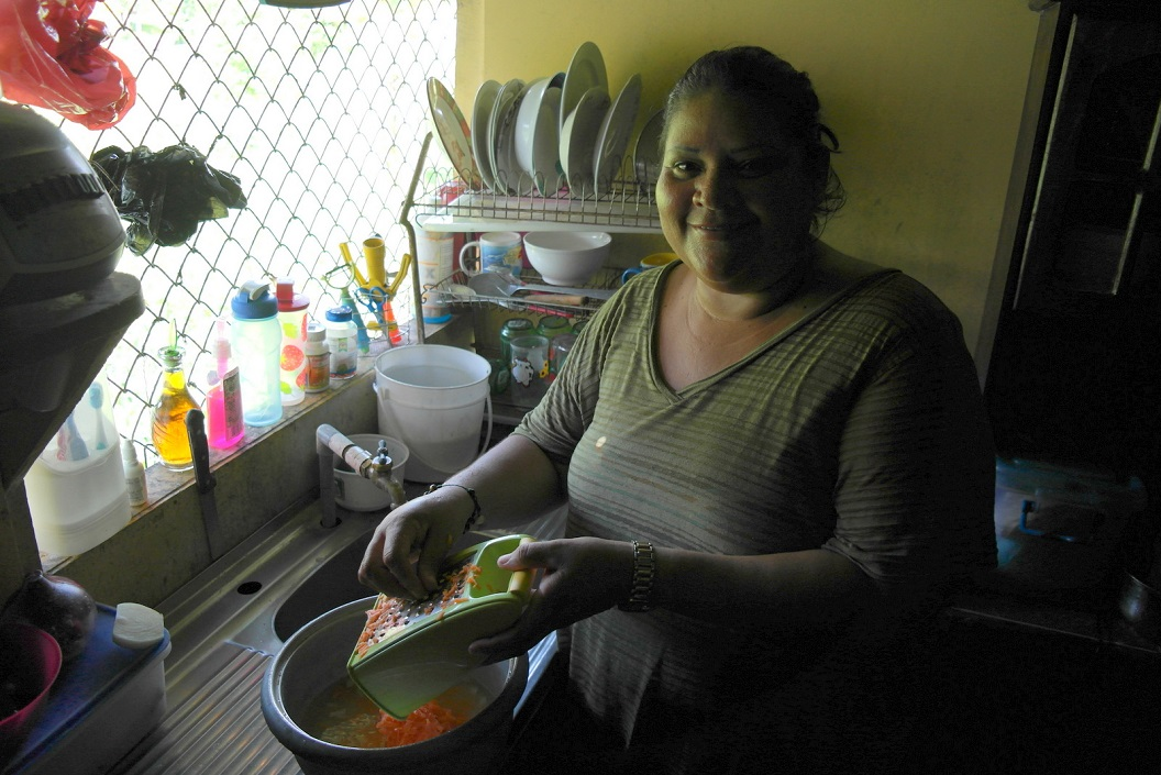39 Jennie onze gastvrouw en vijf sterren kok SAM_5196