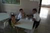 36 voedingscentrum met nog enkele verlate schoolkinderen, de aan het ontbijten SAM_5249
