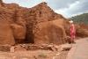 17 bouw volledig overgaand in en gebruik gemaakt van vorm van de rotsen SAM_6078