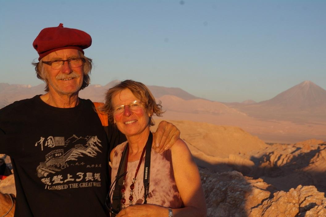 16 genieten van de ondergaande zon in deze prachtige omgeving, de Valle de la Luna