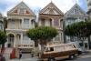 25 parkeren voor The Painted Ladies in Alamo Squere - kleurige en rijk gedecoreerde historische huizen van rond ca 1900 - San Francisco - CA SAM_7907
