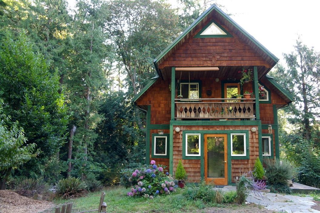 30 prachtig eigen gebouwd huis door Jim en Sue waar Jennie en zoontje Gabe - vriendin van Inge - een apartement huren SAM_8752