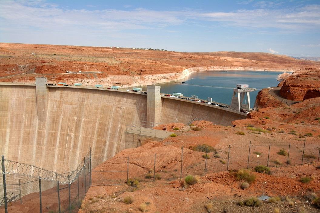 13 Gleen Canyon Dam in de Colorado River SAM_6583