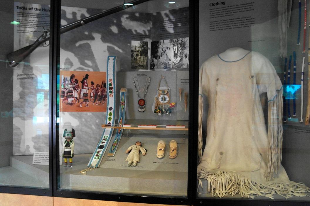 27 uitleg en tentoonstelling in Zion Human History Museum SAM_6825