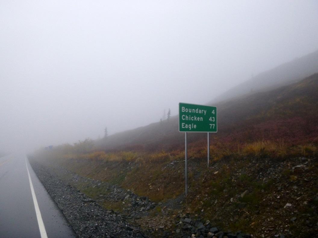 12 laatste stukje van de Top of the World Highway P1020923