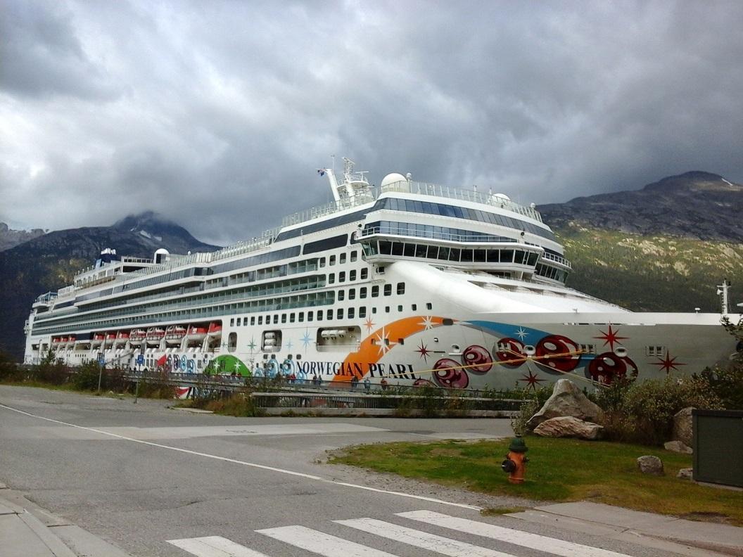 36 in de haven van Skagway - waar hadden we deze Cruise eerder gezien 20160921_094047