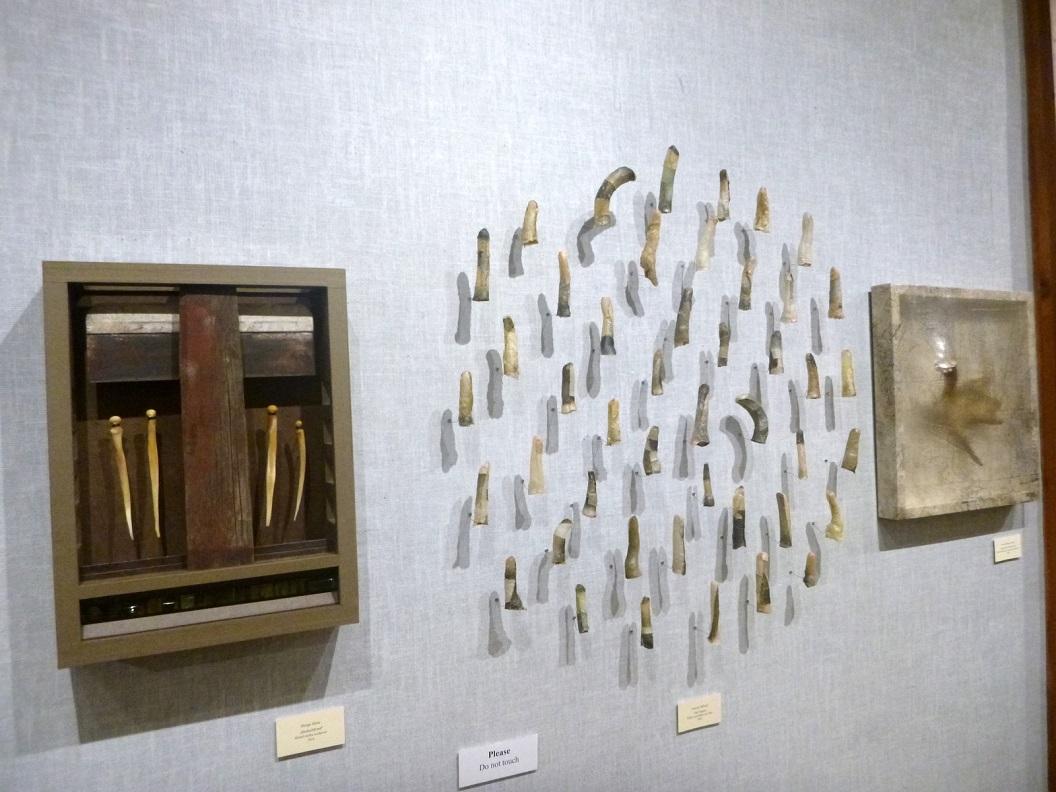 25 v.l.n.r. Alaska-Myself van Margo Klass - Fish Fingers van Annette Bellamy - Remnant (Moose Antler) van Sonya Kelliher Combs P1030470
