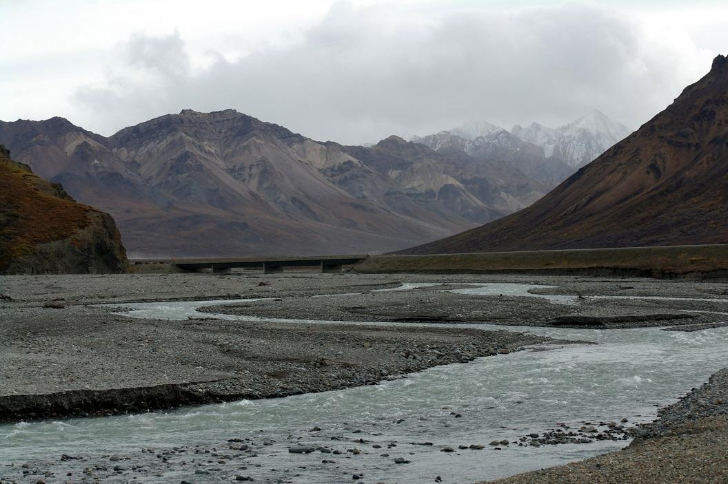 09 een van de vele rivieren dalen in Denali National Park SAM_1149