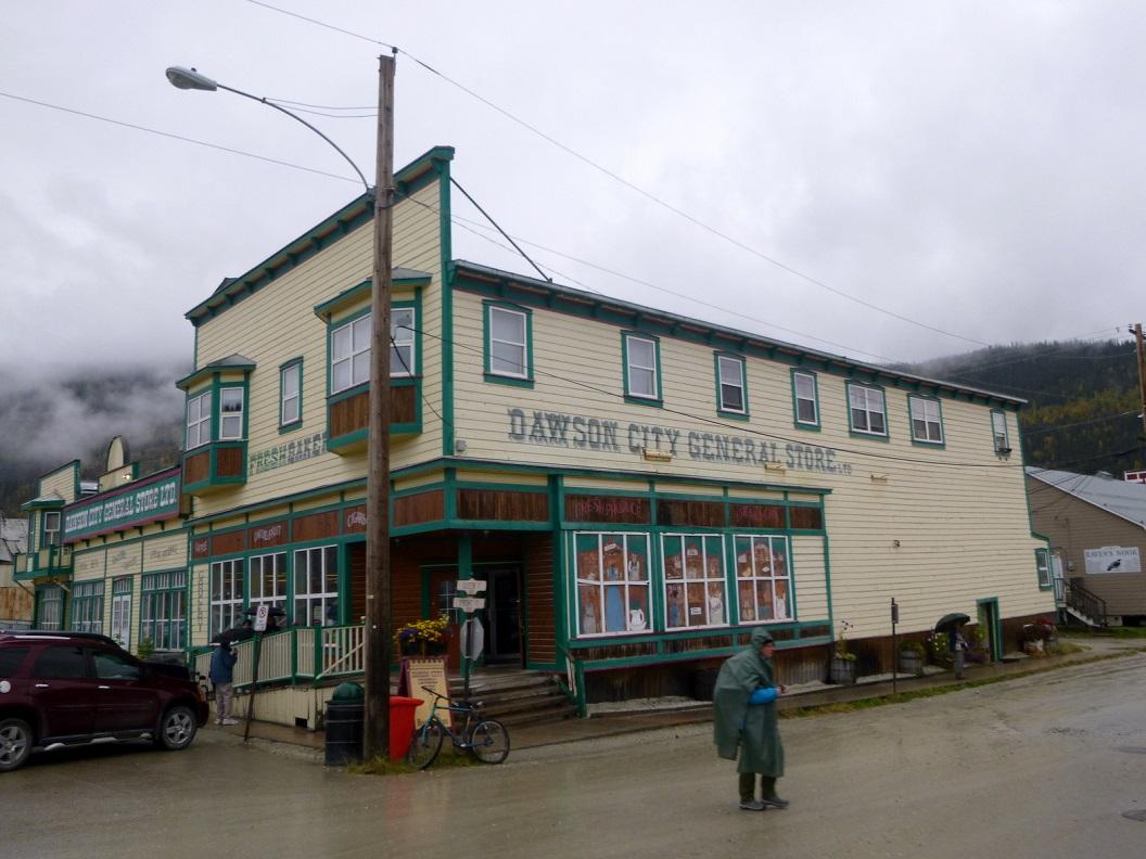 21 straatbeeld van Dawson City P1020884