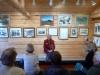 28 de manager van het Jack Londen Museum geeft dagelijks een zeer levendige presentatie van anderhalf uur over het leven en verhalen van Jack London P1020869