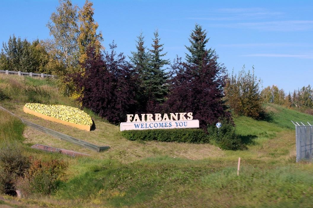 14 Fairbanks, The Golden Heart City SAM_1119