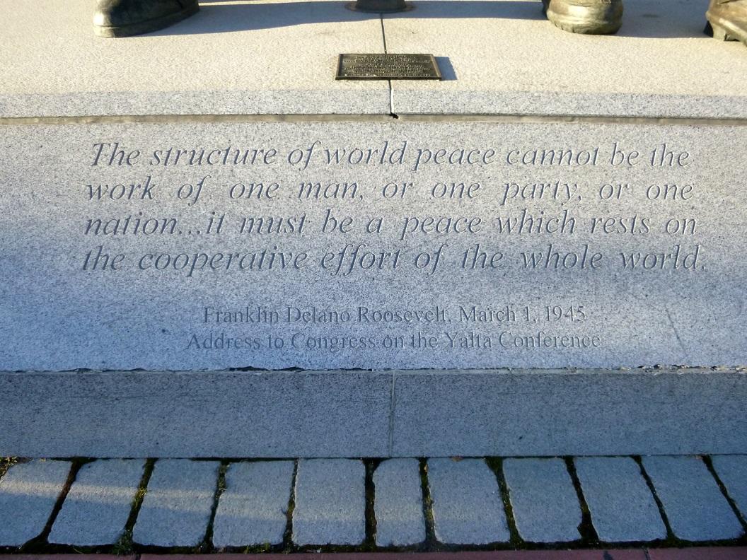 20 beschrijving bij monument WW 2 , tekst van Franklin Delano Roosevelt - 1 maart 1945 P1030196