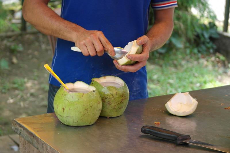 r05voor-deze-verse-cocosnoot