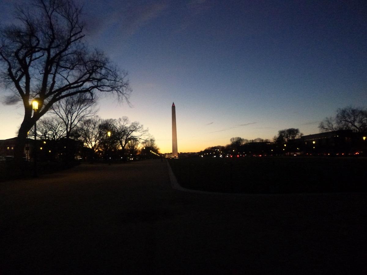 30 vanuit The National Mall – Washington Monument in de avond