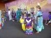 10 dans en plezier, jongsten samen met oma, hoofd en leidster van The Great Plains Dance Company