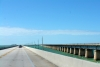 8 The Overseas Highway in The Florida Keys over de Atlantische Oceaan en de Golf van Mexico