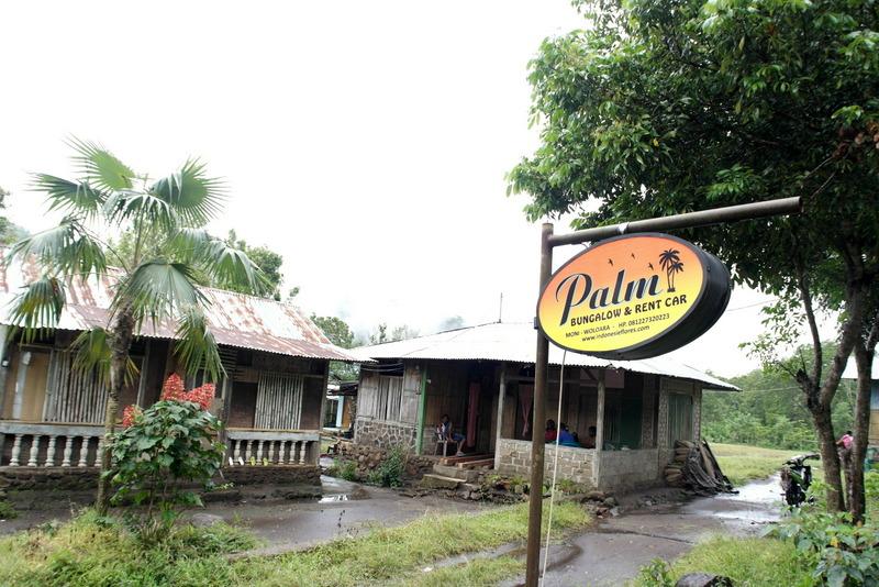01-palm-bungalow-in-moni
