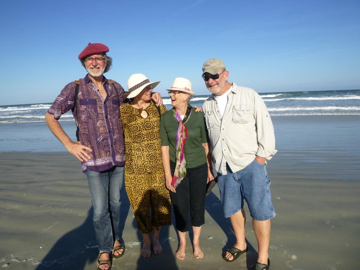 21 gezelligheid en vriendschap samen met Marianne en Jim. Hen ontmoet in Savannah en door hen uitgenodigd in New Smyrna Beach