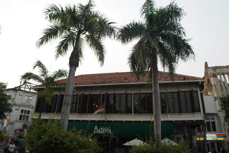 209-cafe-batavia