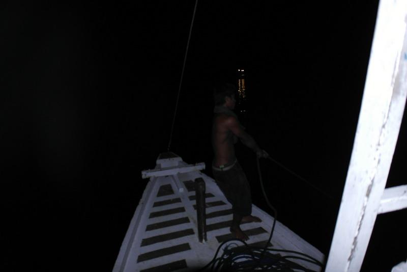 01-labuan-bajo-05-00-uur-vroeg-in-de-ochtend-per-boot-naar-komodo-island